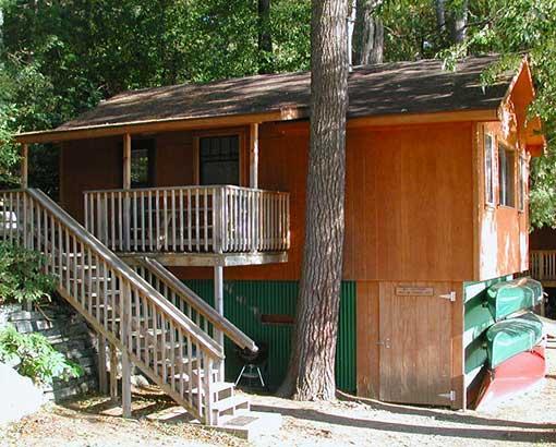 Pine Point Lodge Cabin 12