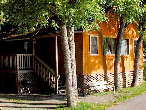 Pine Point Lodge Cabin 6