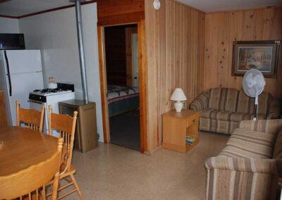 Pine Point Resort Cabin 9 LR